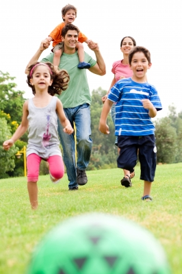 parents perspectives on children play Parents' perspectives on the benefits of sport participation for young children   crucially, parents appeared to play the most important role in their children's.